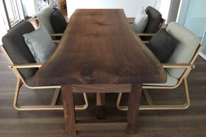 walnut_dining-table2