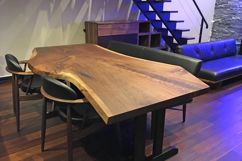 ウォールナット一枚板テーブル