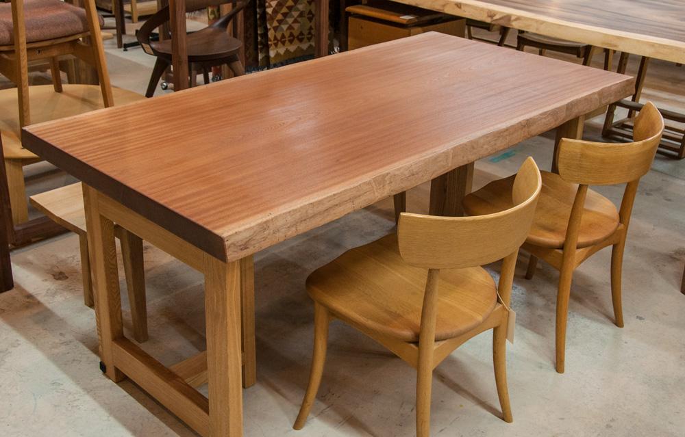 サペリ一枚板テーブル