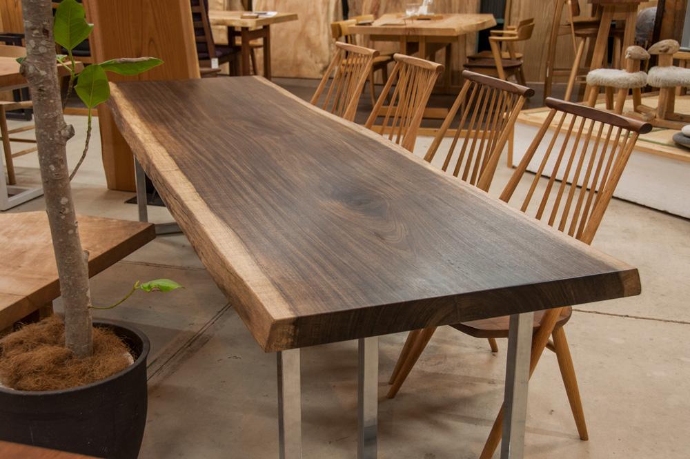 オバンコール一枚板テーブル